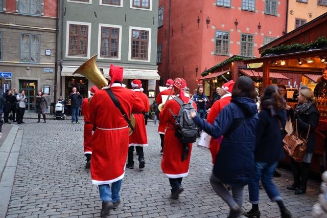 Tillbaka till Stortorget. Missade Tomteorkesterns inmarsch nästan helt.