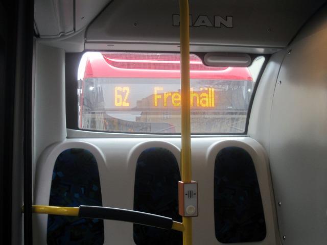 Om busslinjerna i Stockholm läggs om enligt förslag kommer den här bilden snart vara ett historiskt dokument som inte kan göras om ...